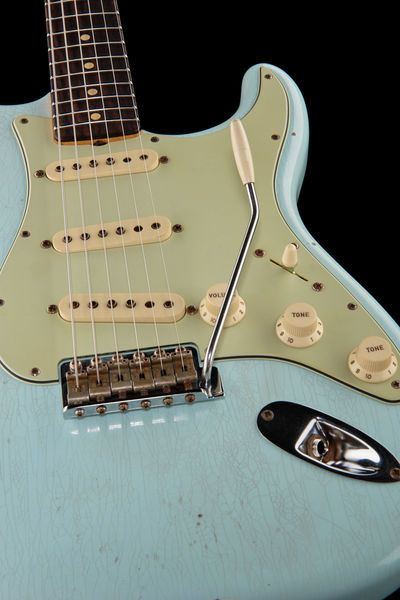 Fender 1963 Strat Journeyman Relic SB - Thomann - colour: faded sonic blue www.thomann.de #vintage #aged #old #guitar #gear #60ies #blue #faded #strat #fender #stratocaster