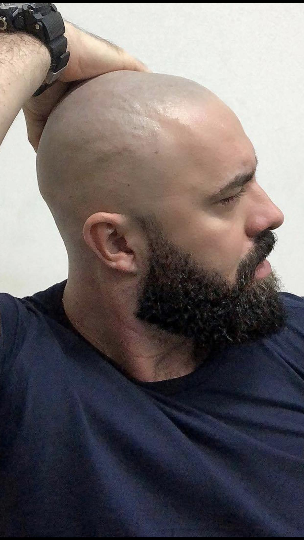 Pin By Chad Perkins On Beards Full Length Bald Men With Beards Bald With Beard Shaved Head With Beard
