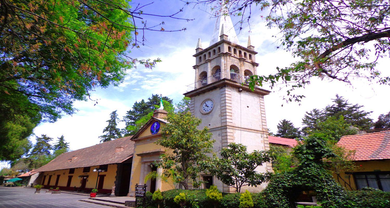 exterior de la Ex hacienda de San Miguel Regla