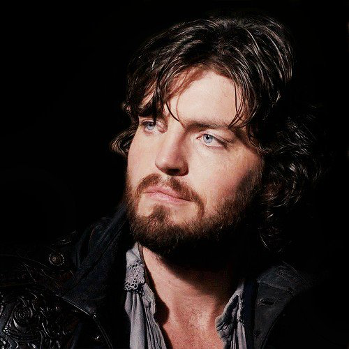 Pin de Ingrid Bricout em Theres .. Athos - I wish