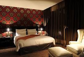 Das Hotel Concorde konnte den zweiten Platz belegen. Ebenfalls unter dem Gesichtspunkt der Lage begann bei den Besuchern die Bewertung dieses Hotel Frankfurt. Fantastisch war die Beurteilung des Services und der Ausstattung der einzelnen Suiten. Angenehm empfanden die Gäste vom Hotel Concorde die Hygiene. http://hotelklein.com