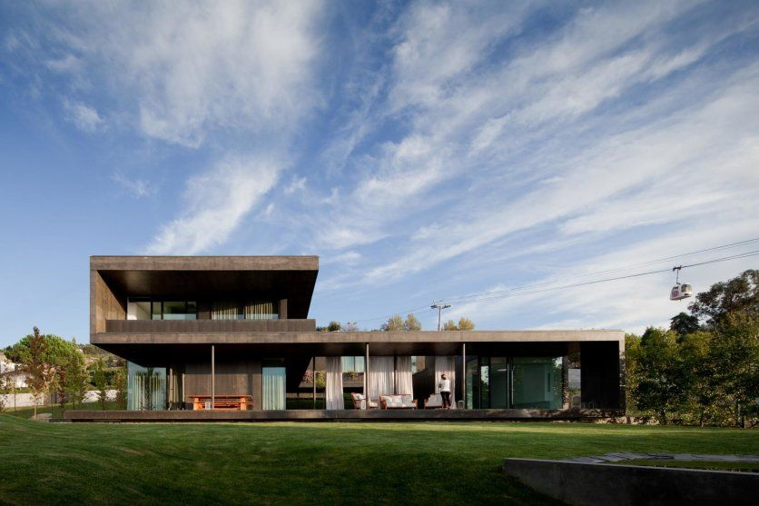 Modern Concrete House Built For Luxury Atmosphere: Long Volume Concrete And Open House With Rooftop Design
