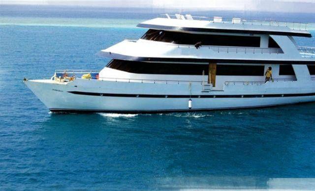 Maldives Luxury Liveaboard On Sale Depart Sydney Melbourne Brisbane Any Saturday Return Following S Paradise Island Resort Maldives Maldives Travel Maldives