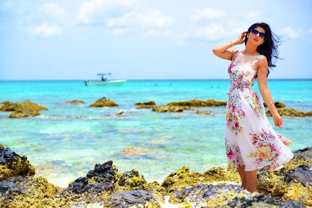 Silk Organza Beach Wedding Dress-006 http://zunera-serena.com/teri-jon-dresses/