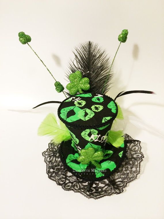 810689267bf Green Gold Black St Patricks Day Mini Top Hat Fascinator Burlesque Pin-Up  Lolita Pageant Costume Tea Party Steampunk on Etsy