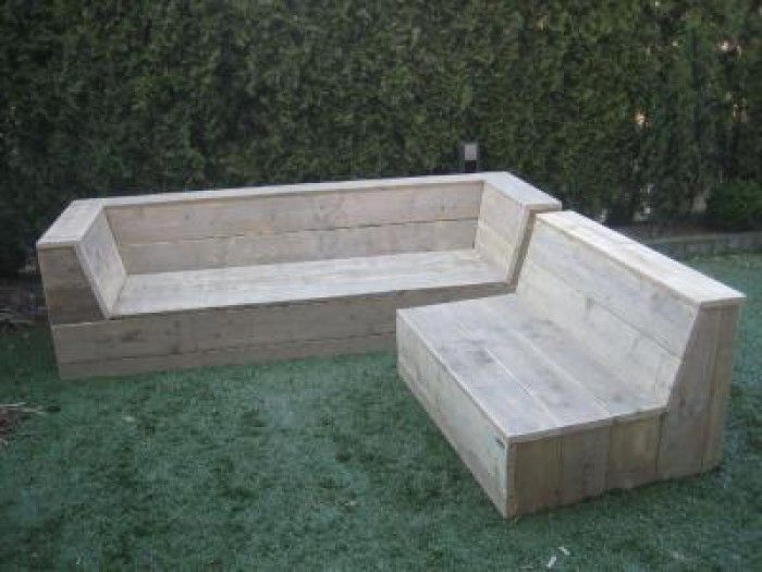Handiger en goedkoper dan prefab moestuinje mooie hoek bank om zelf te maken banken - Bank terras hout ...