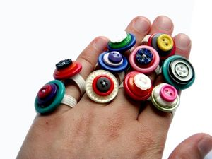 Resultados de la Búsqueda de imágenes de Google de http://jewelrymaking.craftgossip.com/files/2008/06/sewbettie.jpg