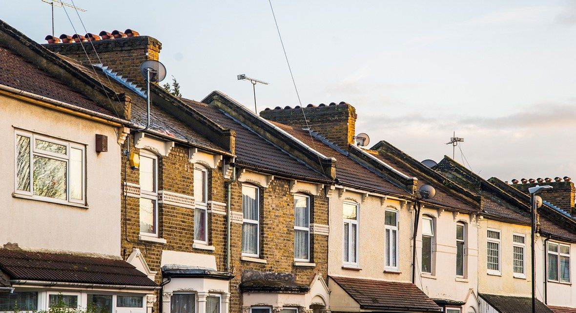 Buz Investors UK Rightmove house price The Rightmove house price index in the UK climbed 1.30% in March on a MoM basis. The Rightmove house price index had recorded a rise of 2.00% in the previous month.