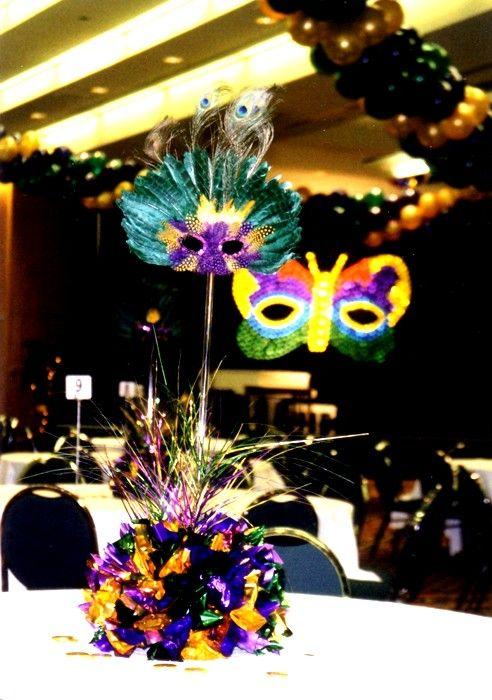 Mardi Gras Table Centerpieces Ideas | Mardi Gras Mask | Balloon Decorations by BalloonsTM & Mardi Gras Table Centerpieces Ideas | Mardi Gras Mask | Balloon ...