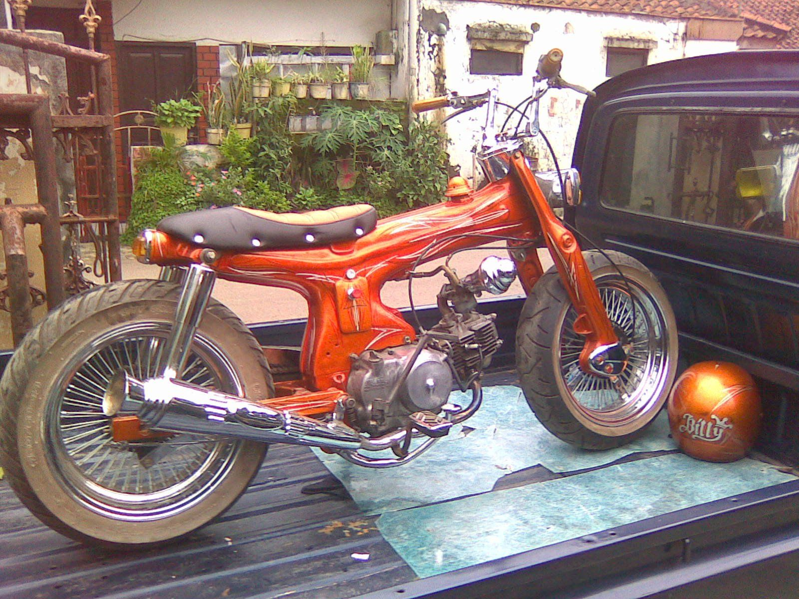 Pin By Garinca Nln On Custom Honda Cubseries C70 C90 Streetcub