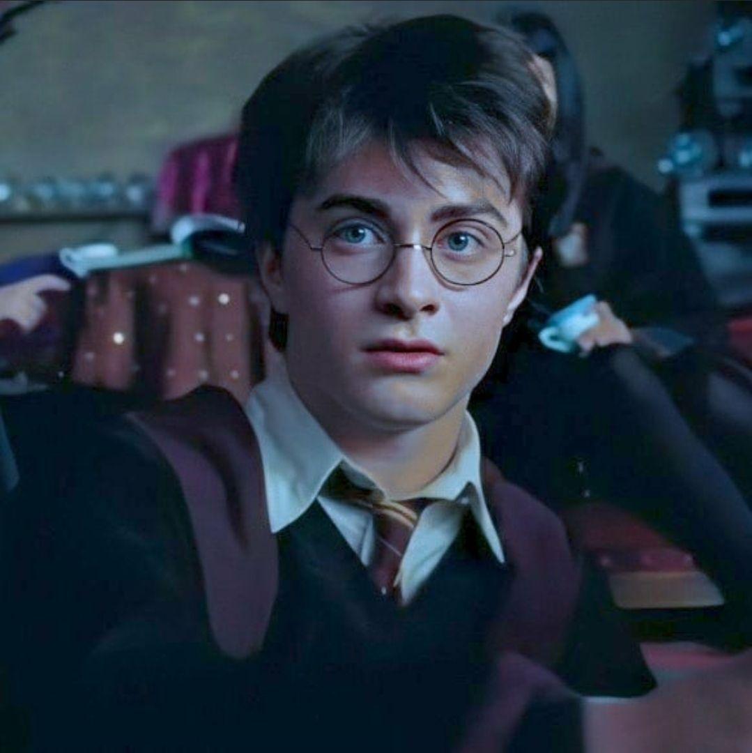Daniel Radcliffe In 2020 Harry Potter Actors Harry Potter Pictures Daniel Radcliffe Harry Potter