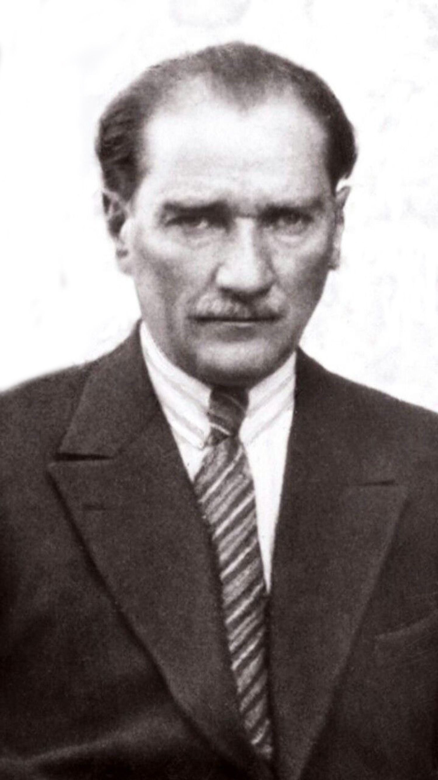 Gazi Mustafa Kemal Ataturk Resim Portre Siyah Beyaz