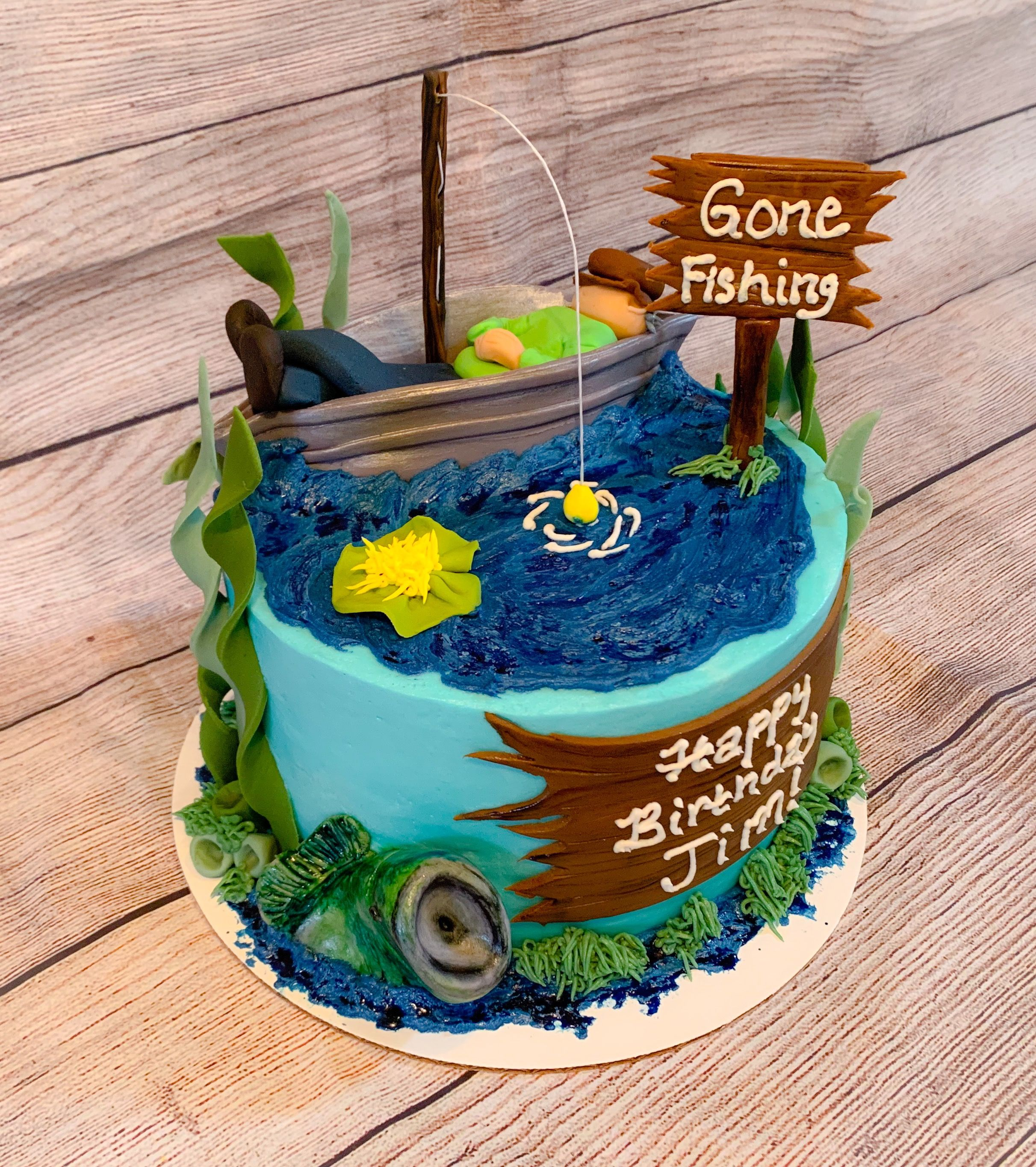 Big Mouth Bass Gone Fishing Cake With Images Gone Fishing