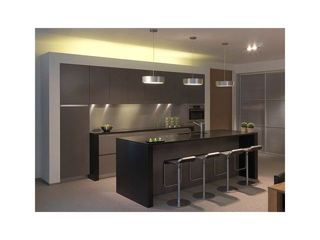Keuken u modern interieur u kookeiland u kruk u ilwa be