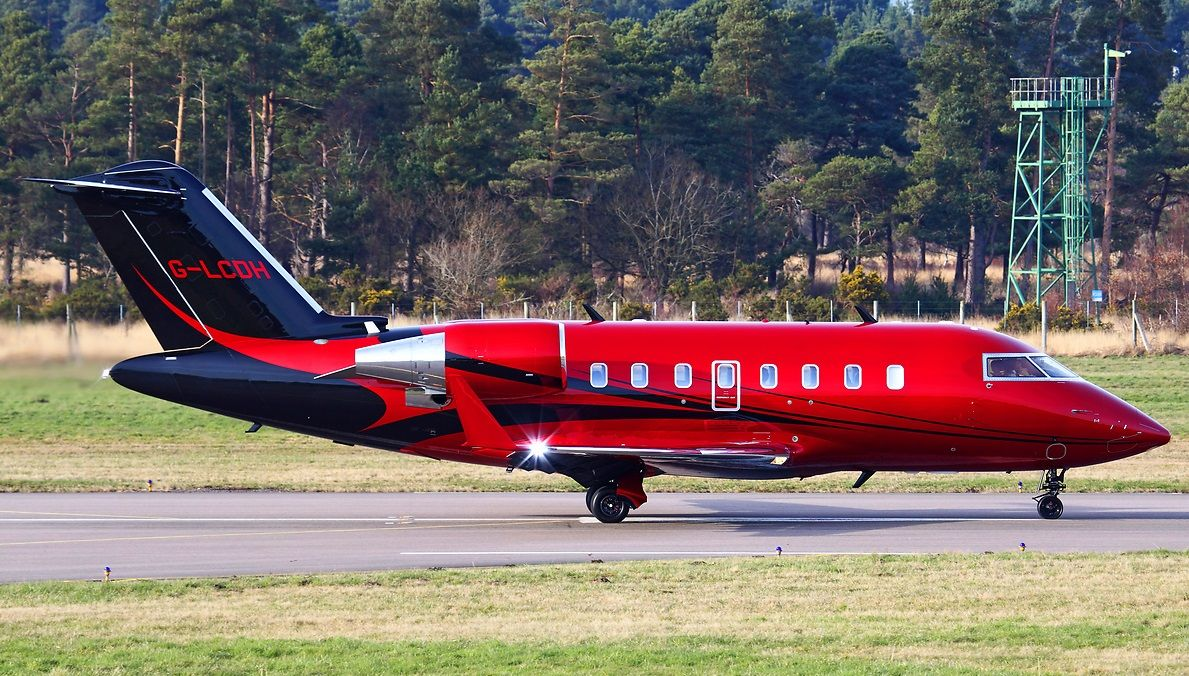 Jet Privato Hamilton : Lewis hamilton s bombardier challenger aviation