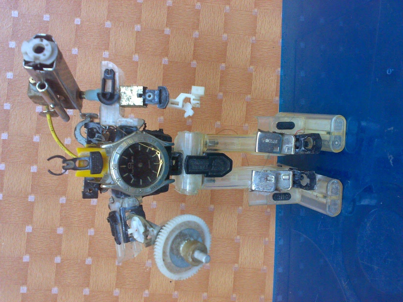 Aneka Miniatur Dari Barang Bekas Must Make Pinterest Light Pcb Sculptures Artist Upcycles Old Circuit Boards Into Art Gas Lights Crafts Lighter Pasta Upcycle