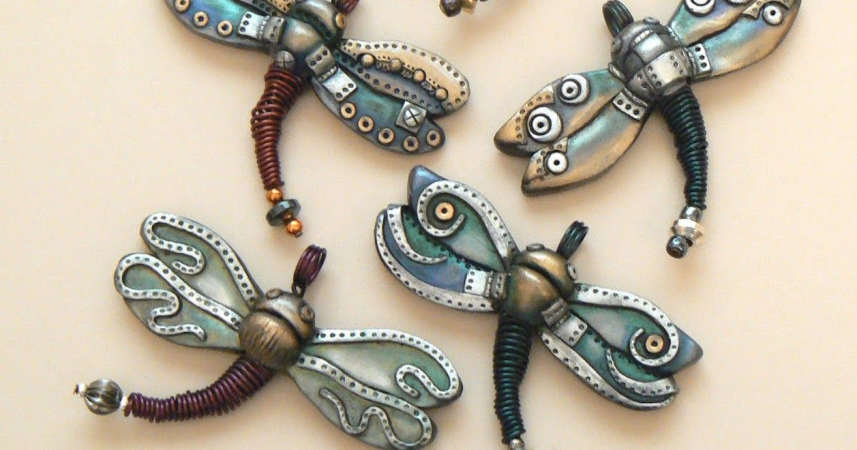 A lot of you may not have seen my dragonflies before now but one of the first things I made with polymer clay was a steampunk dragonfly! Wel...