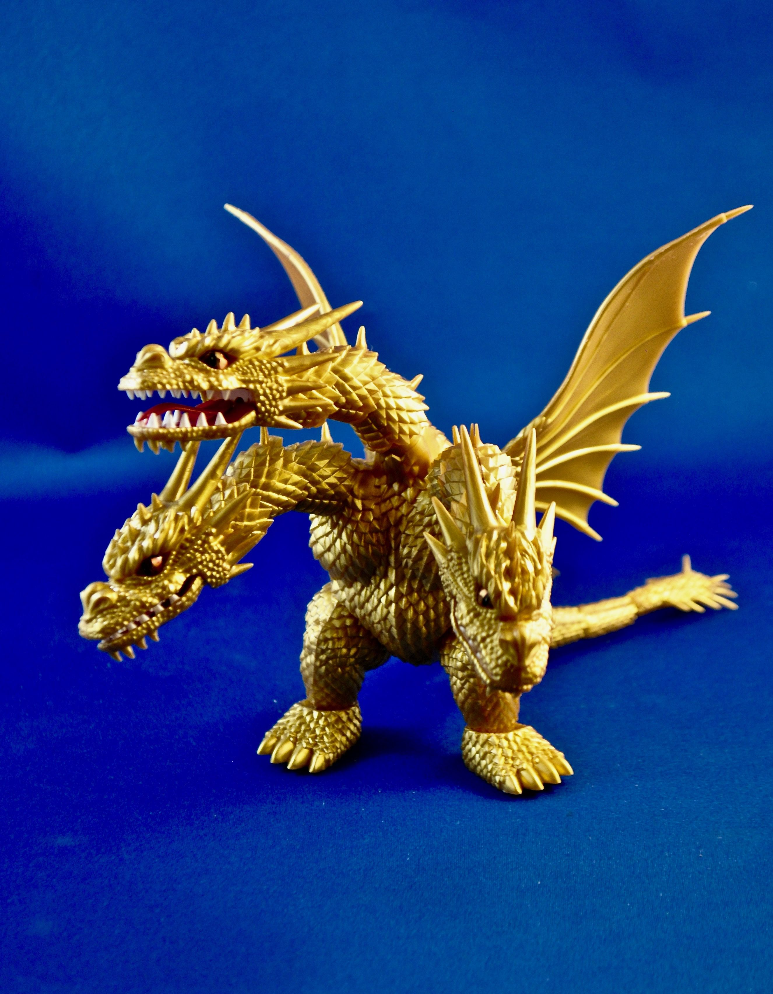 Fujimi King Ghidorah - this is straight from the box ...