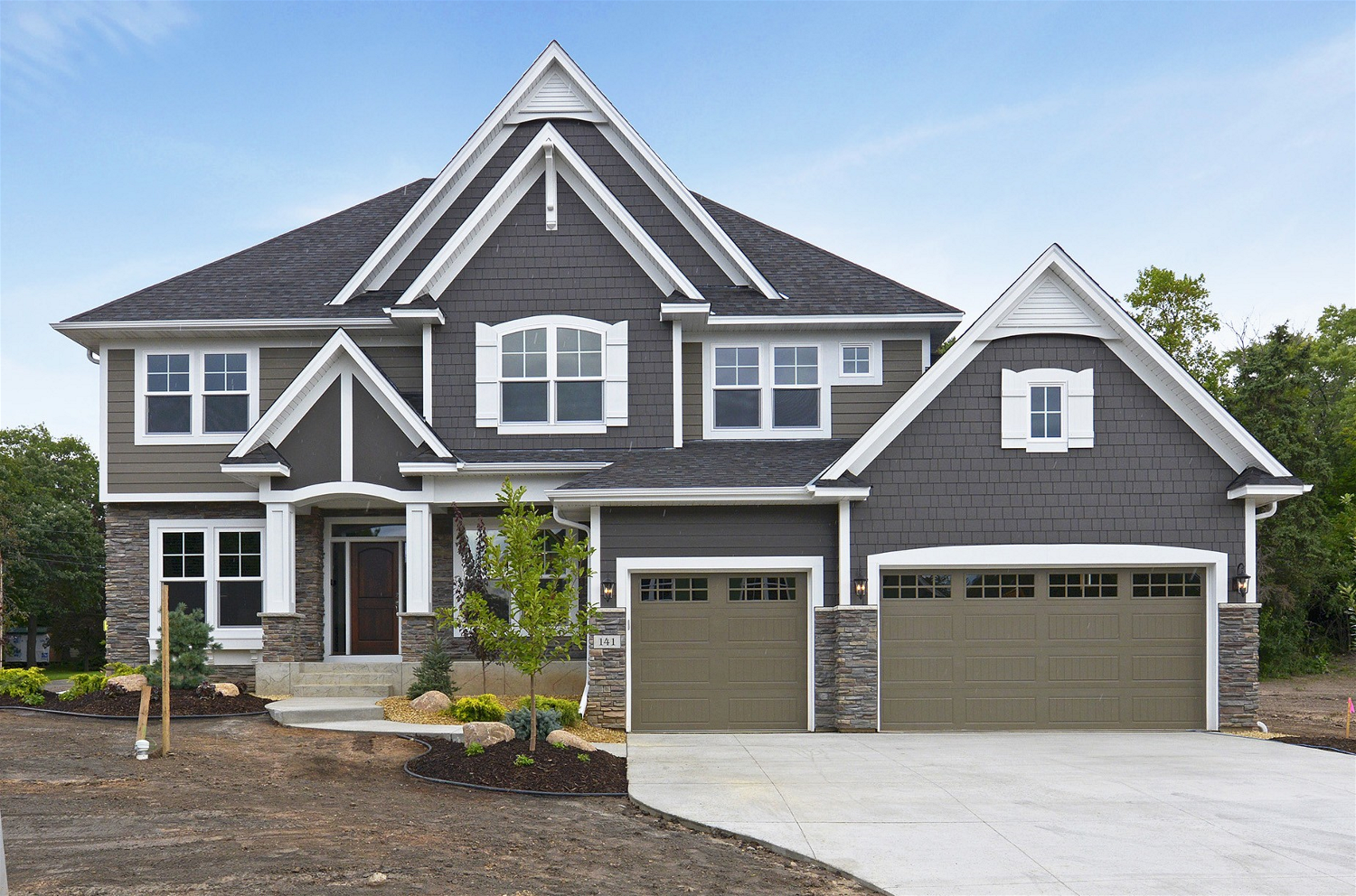James hardie design ideas photo showcase house for Hardiplank home designs
