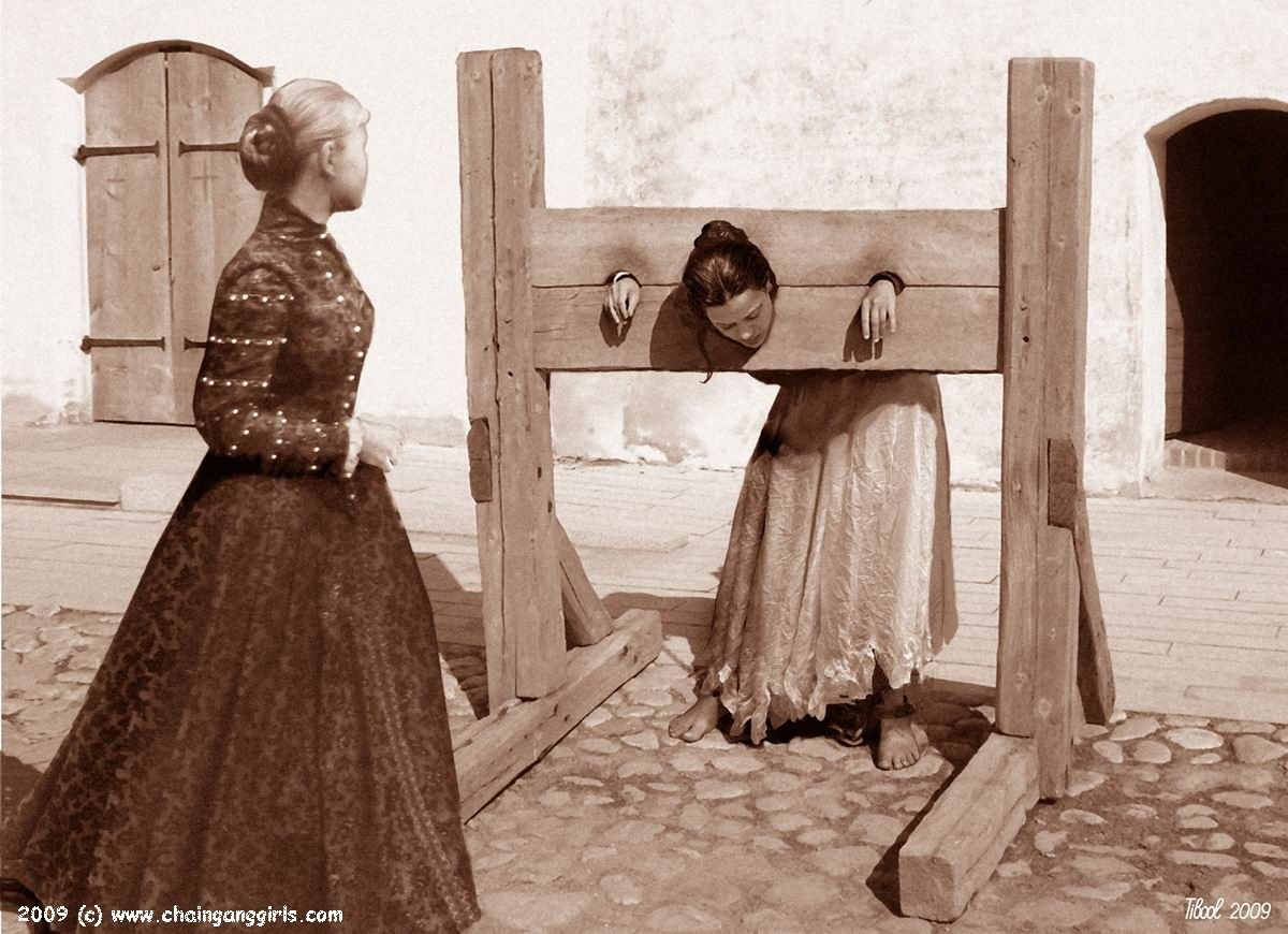 how to make a pillory