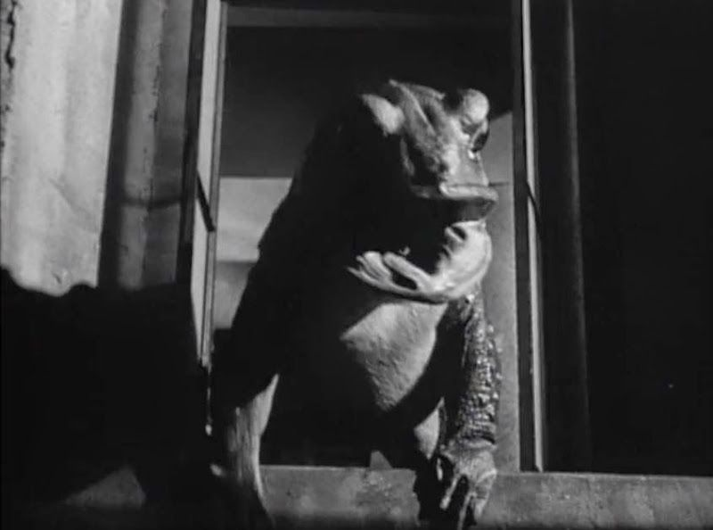 A desperate act from THE MAZE (1953)