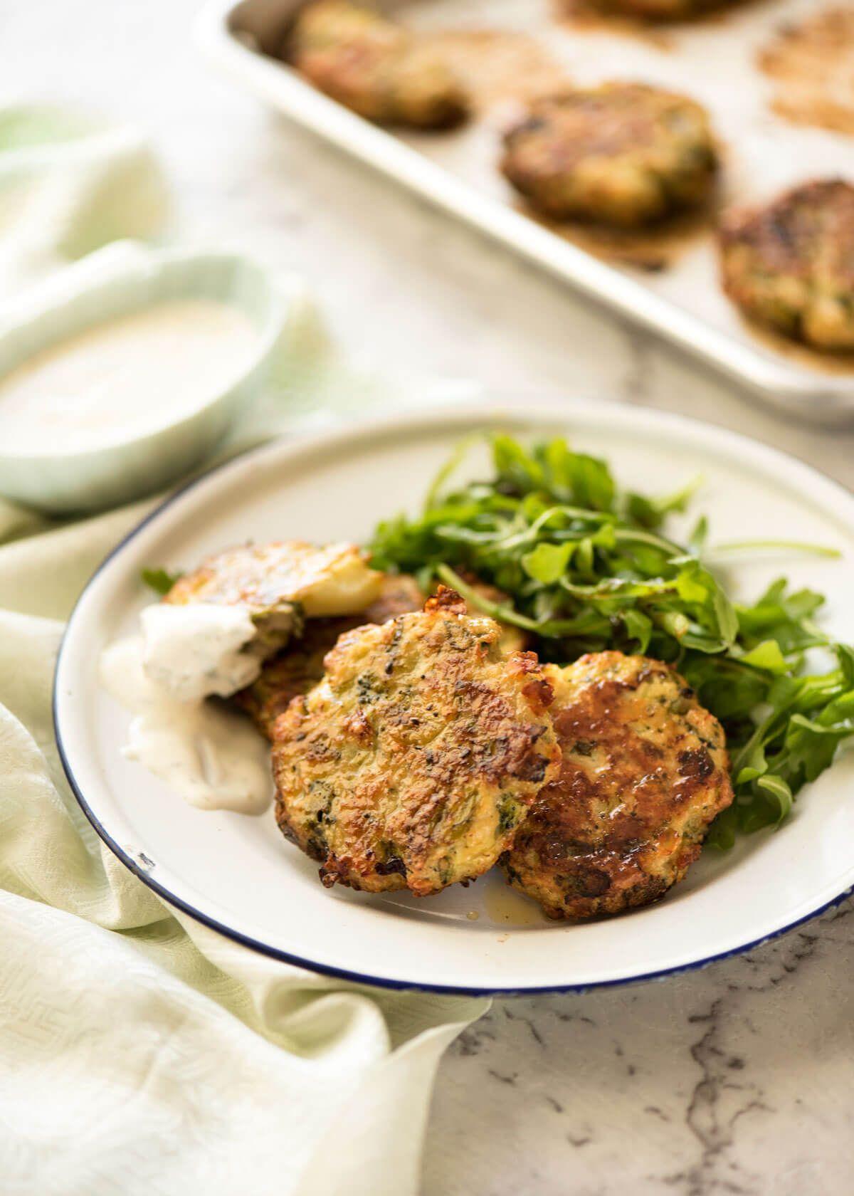 Beignet De Brocolis Au Four cheesy chicken fritters with broccoli