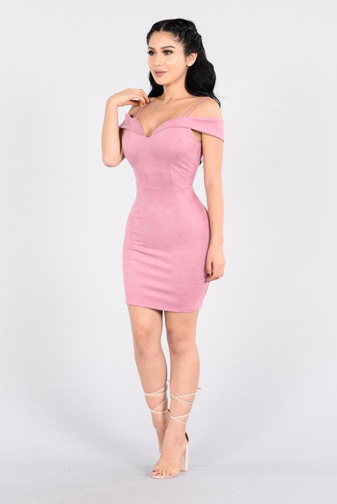 Ruby Girl Dress - Rose | Modelo y Ropa