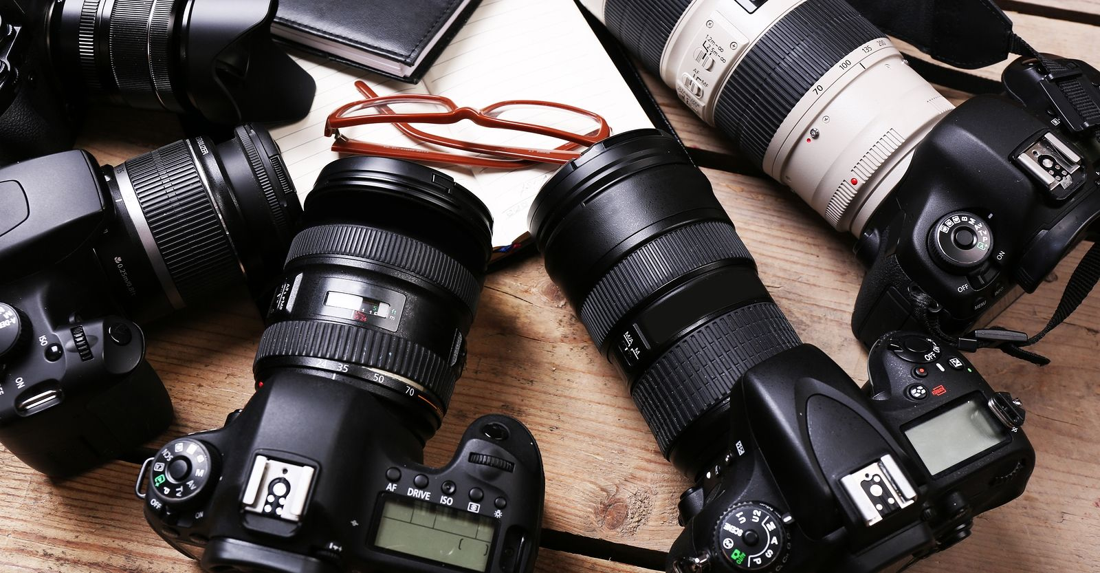 Do You Own One Of The Best Cameras In The World Page 2 Of 2 Modern Lens Magazine Best Camera Photography Gear Camera