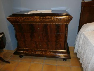 Antigüedades y Restauración de Muebles - Cómoda Fernandina, principio siglo XIX