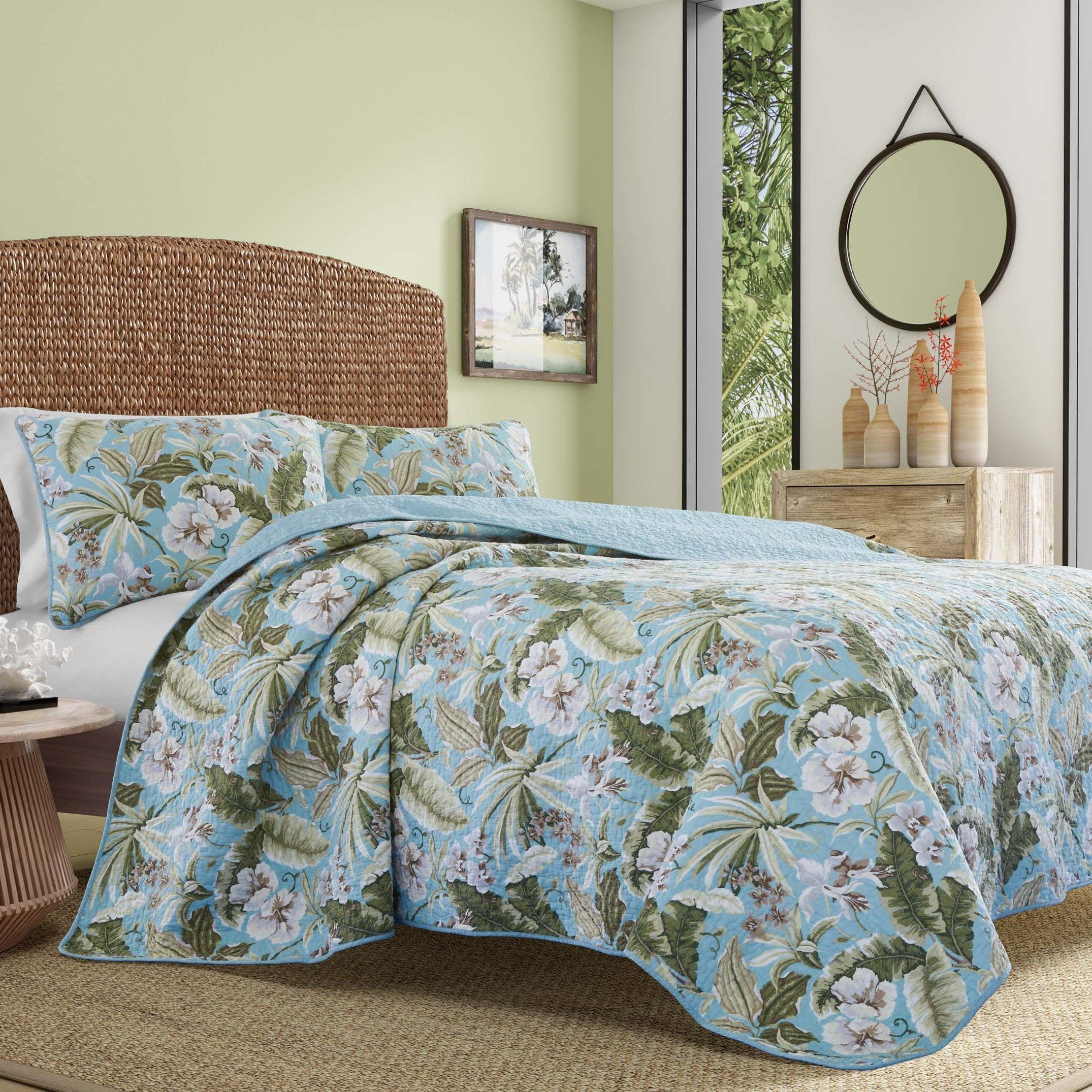 Best Coastal Bedding Sets Discover The Best Beach Themed Bedding Sets Including Comforters Coastal Bedding Sets Beach Bedding Sets Coastal Bedroom Decorating
