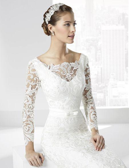 """Vestidos de novia en tul bordado con escote """"V"""" en espalda ..."""