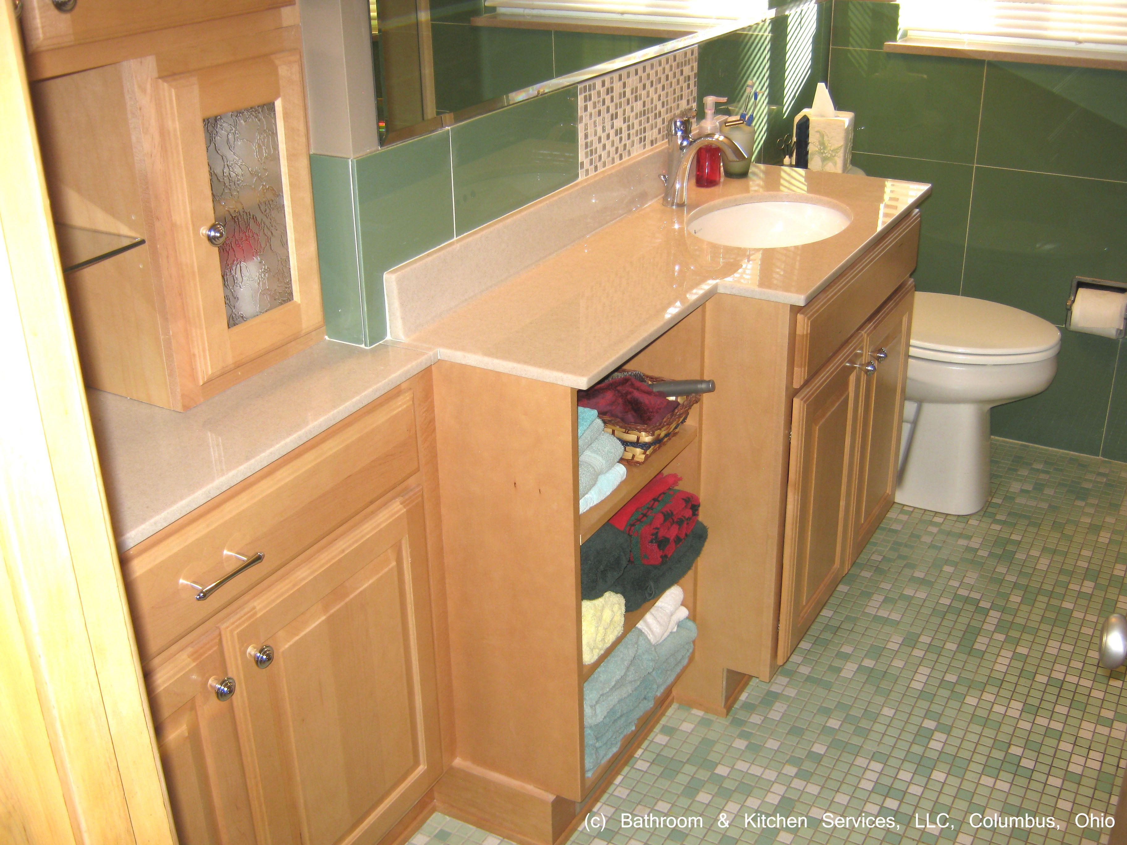 Cabinet and counterop design for a vanity can make a big for Skinny vanity table
