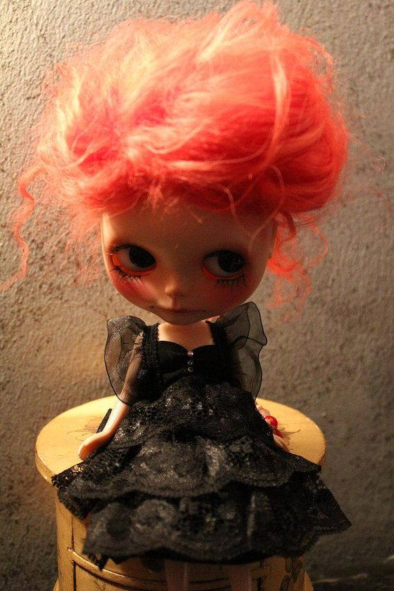 Poupée OOAK Robe Blythe par OpheliaDress sur Etsy, €20.00