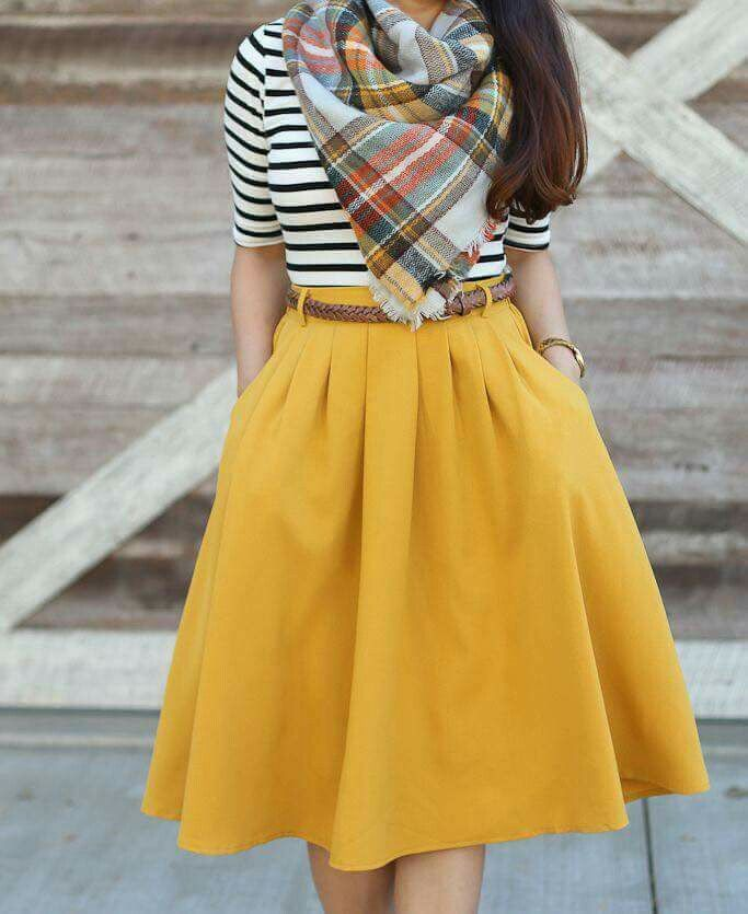 Love the color of the skirt but maybe a bit too much fabric for me. I also like the striped shirt. #fullskirtoutfit