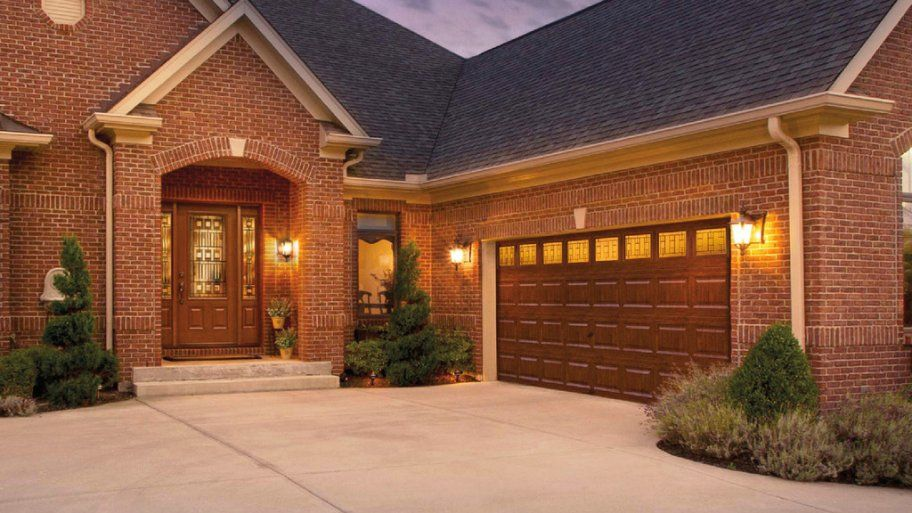 Which Garage Door Style Suits You? | Angies List #CurbAppealContest