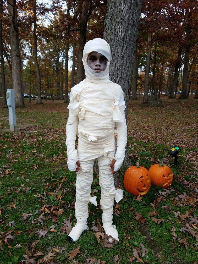 mummy costume homemade kids costume homemade halloween pinterest. Black Bedroom Furniture Sets. Home Design Ideas