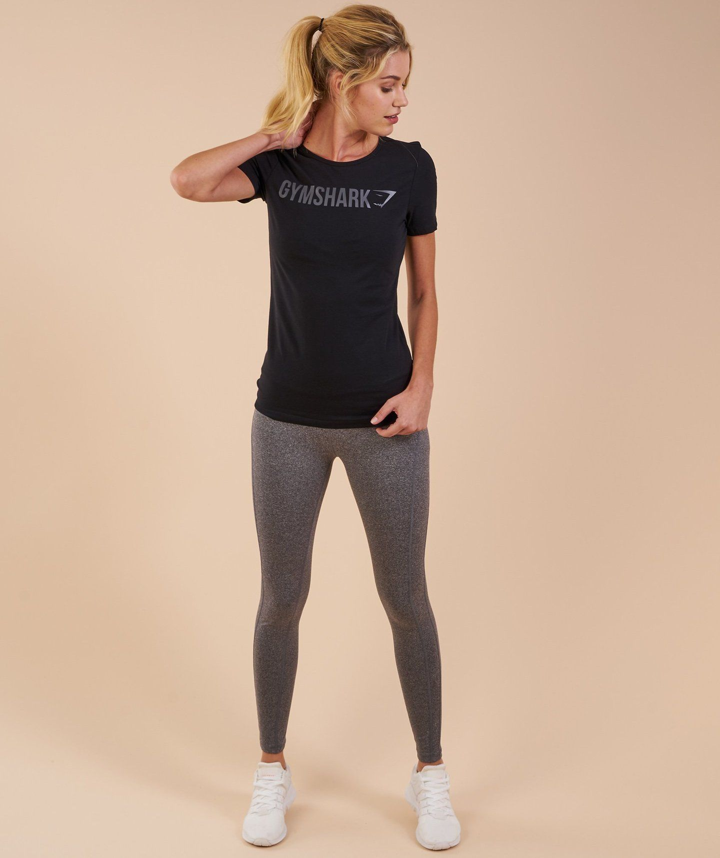 82ddf22c76f Gymshark Women s Apollo T-Shirt - Black 2