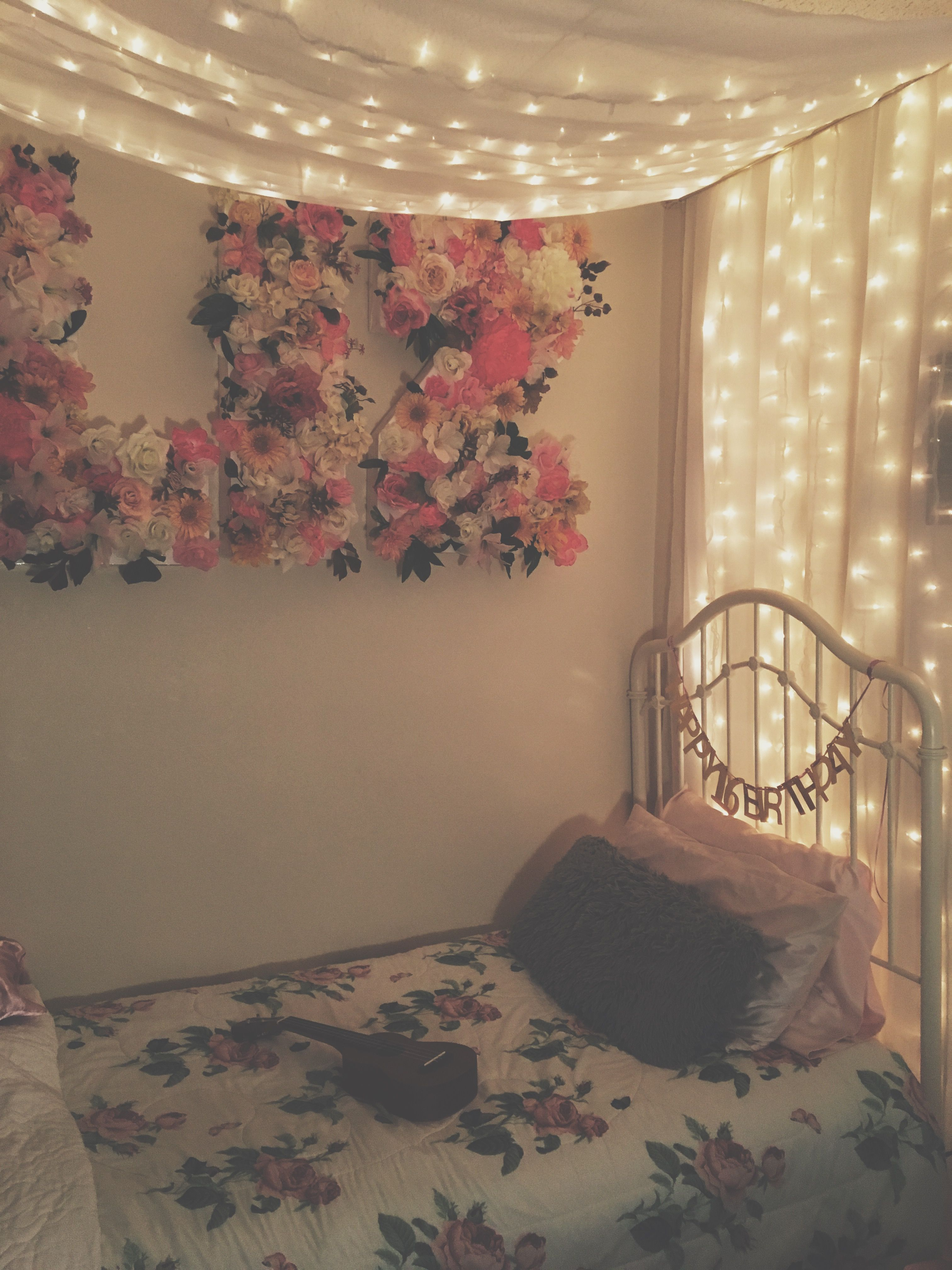 Vintage Fairy Lights Aesthetic