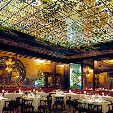 Ces Lieux Historiques Qui Abritent Des Restaurants Paris Travel Paris Paris France