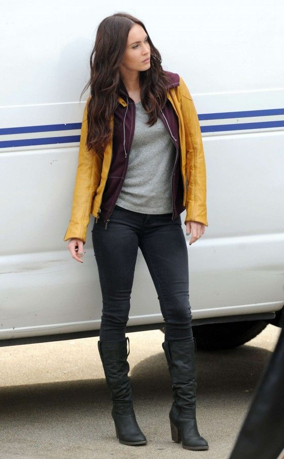Megan Fox In Tight Jeans On The Set Of Tmnt 22 American
