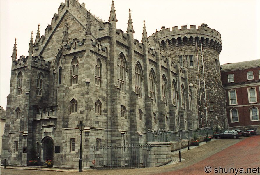 Part Of The Awesome Dublin Castle Ireland The Chapel Royal - 15 amazing castles of ireland