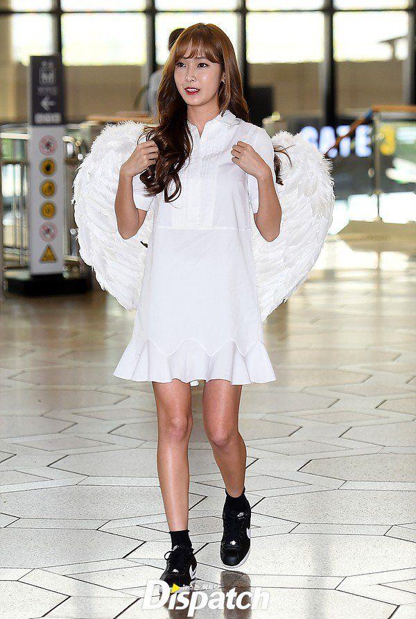 "[Dispatch] ""날개달은 천사"" #제시카, 음원 1위 공약 http://www.dispatch.co.kr/519567"
