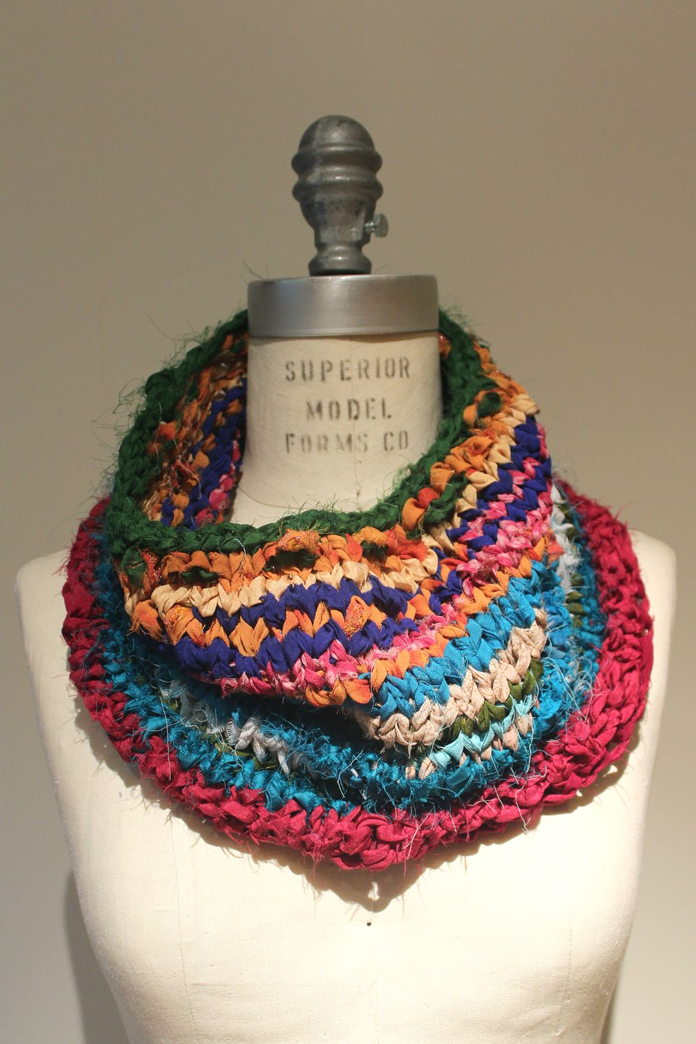 Shiras cowl made from one skein of lb collection silk chiffon patterns bankloansurffo Gallery