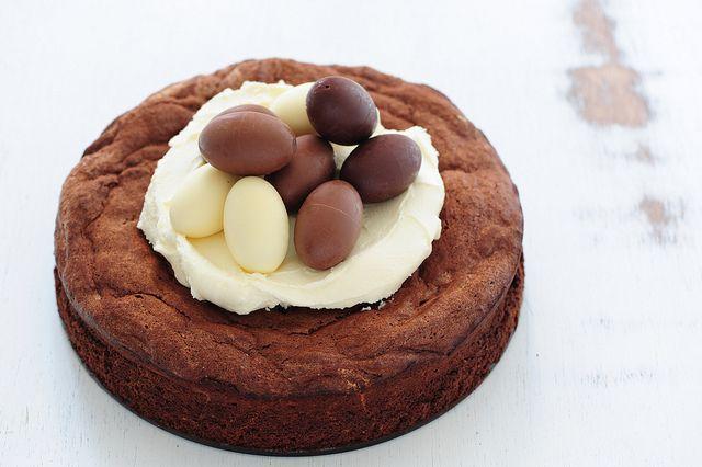 fudgy 5 ingredient chocolate cake-4 by jules:stonesoup, via Flickr