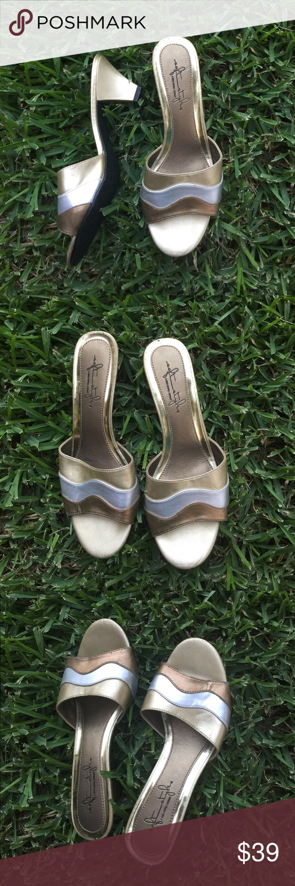 Hush Puppy Gold 7 5 Medium Sandal Woman S Ladies Made From A Hush Puppies Company Good 7 5 Medium Sandal Made In China Pre Own Fashion Shoes Hush Puppies Shoes