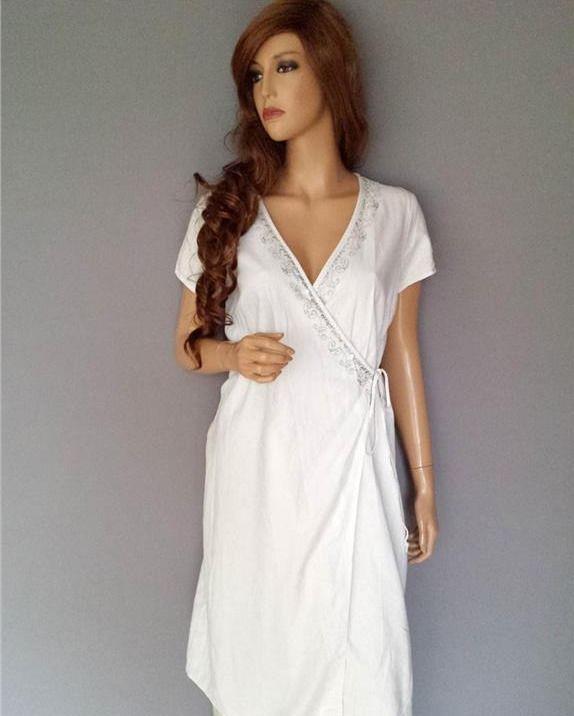 Estelle vit lin omlottklänning storlek M -  99kr AUKTION! http   ift ... b49985dd66365