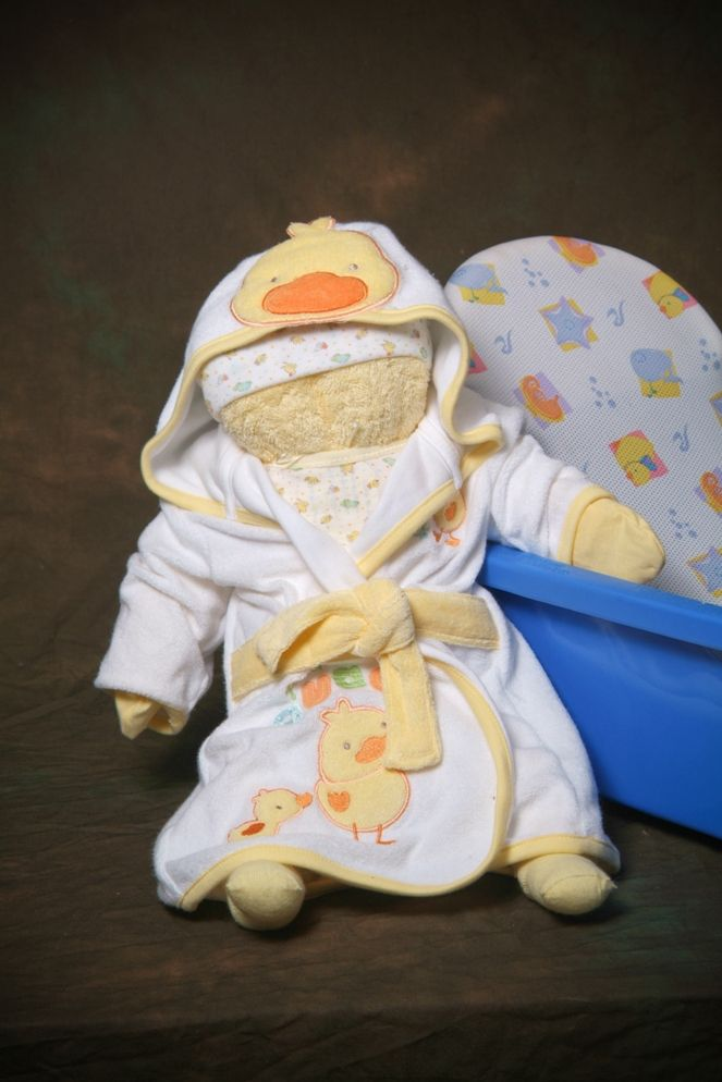 Neutral Newborn baby Bath Cuddle Me Baby. Made with a towel and ...