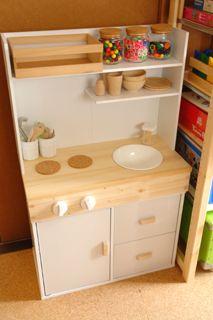 カラーボックスで手作りままごとキッチン りんごのお買い物日記