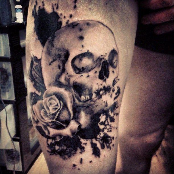 Trash Polka Skull By Mcrdesign On Deviantart: Trash Polka Skull N Rose Tattoo By Noodlestattoo