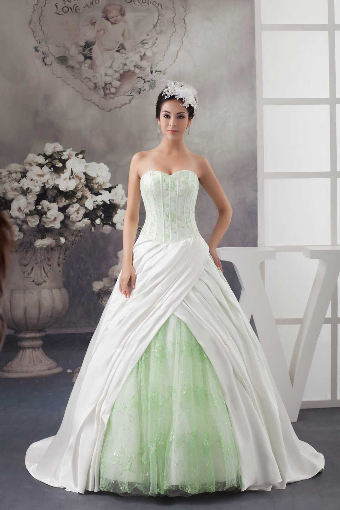 Fashion week White and green wedding dresses for girls
